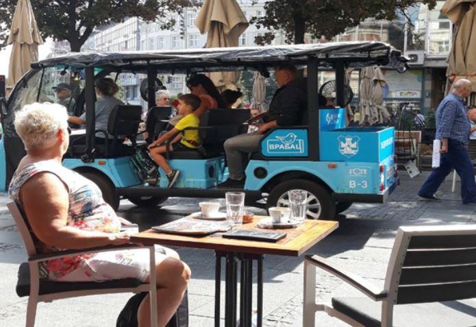 Plavi Beogradski Vrabac-bus