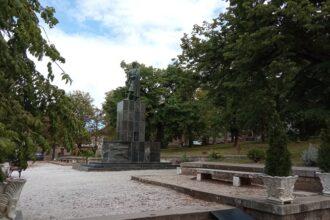 Karađorđev spomenik